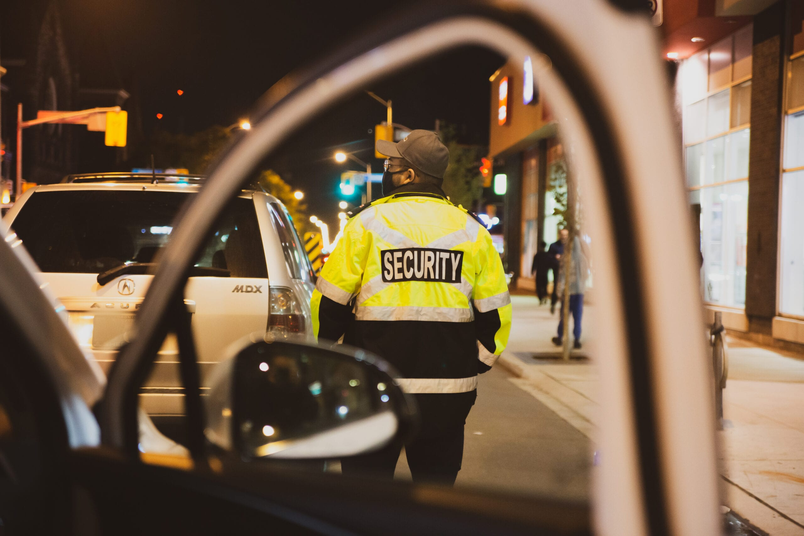 Flex Point Security guard providing mobile patrol security services in Toronto, Ontario